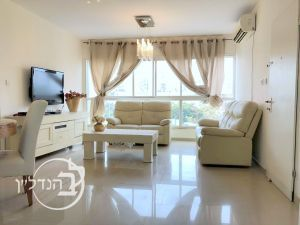 For Sale Apartment 3 rooms district in Ashdod