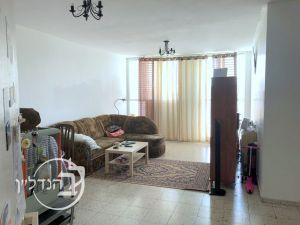 For rent apartment 5 rooms in the close-quarter city of Ashdod