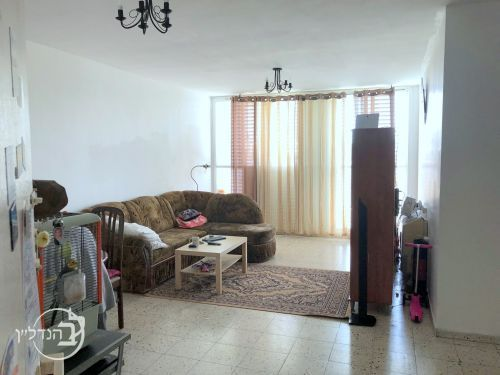 For rent apartment 5 room...