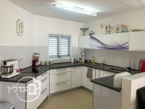 For sale duplex/penthouse 5 rooms in the heart of city Ashdod
