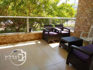 For sale a 4 room apartment בובע: Ashdod