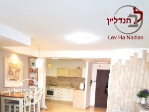 For sale a 4 room apartment in D Ashdod
