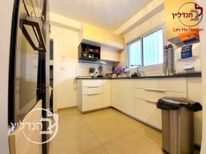 For sale Garden Apartment 2 bedroom in new building in District Hospital in Ashdod