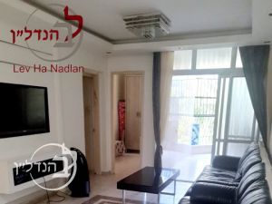 For sale a 4 room apartment in the quarter and Ashdod
