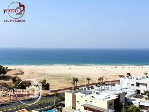 For sale duplex 6.5 rooms with a sea view from every window in D in Ashdod