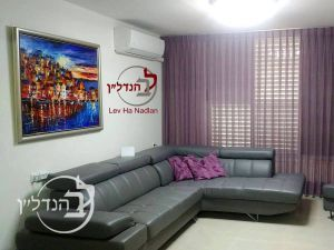 For sale a 4 room apartment in District XIII in Ashdod