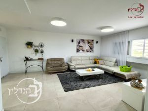 For sale duplex special 5 rooms in a Ashdod