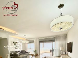 For sale Apartment 5 rooms, located in a prestigious Marina in Ashdod