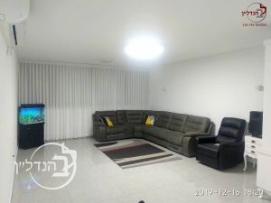 For sale a 4 room apartment close to the sea in a in Ashdod