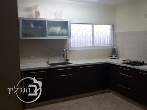 Apartment for sale 4 rooms in neighborhood Dalet