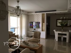Apartment for sale 4 and a half rooms in a quiet area of Yud Beth Ashdod