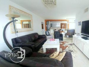 For Sale, Apartment, 4,5 rooms in D