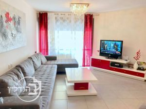 For sale 3-room apartment stunning district city of Ashdod