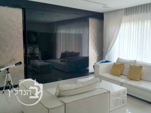 For rent luxurious villa High-Class 6 rooms in XVII Ashdod